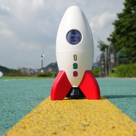 rocket-630461_1920